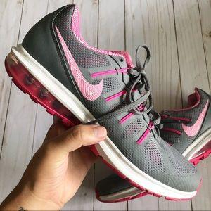 Womens Nikes 11